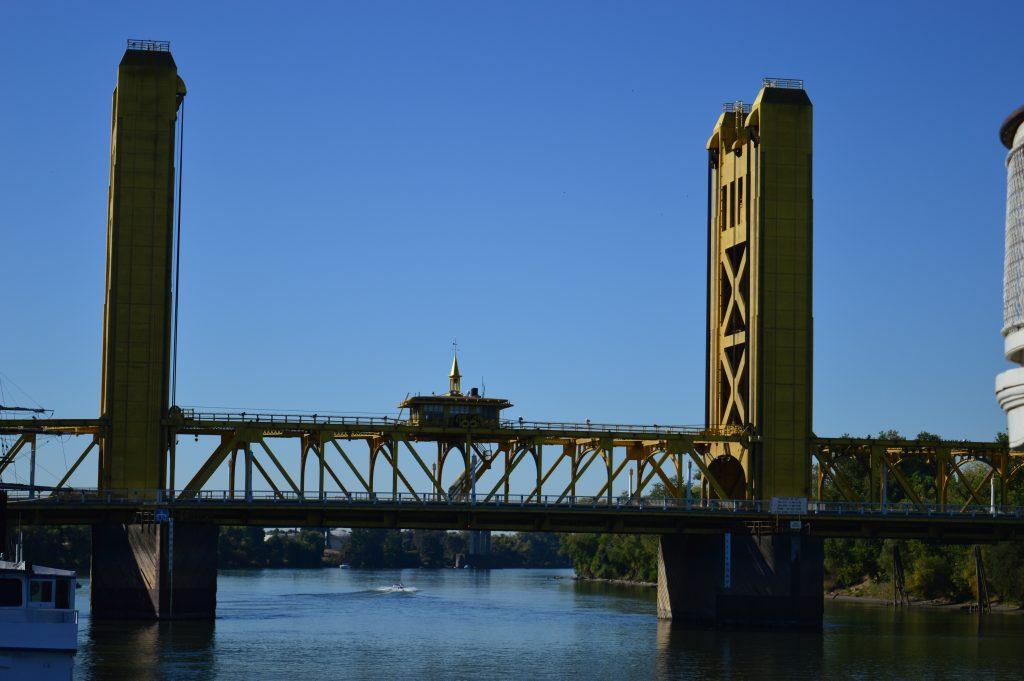 Puente Sacramento