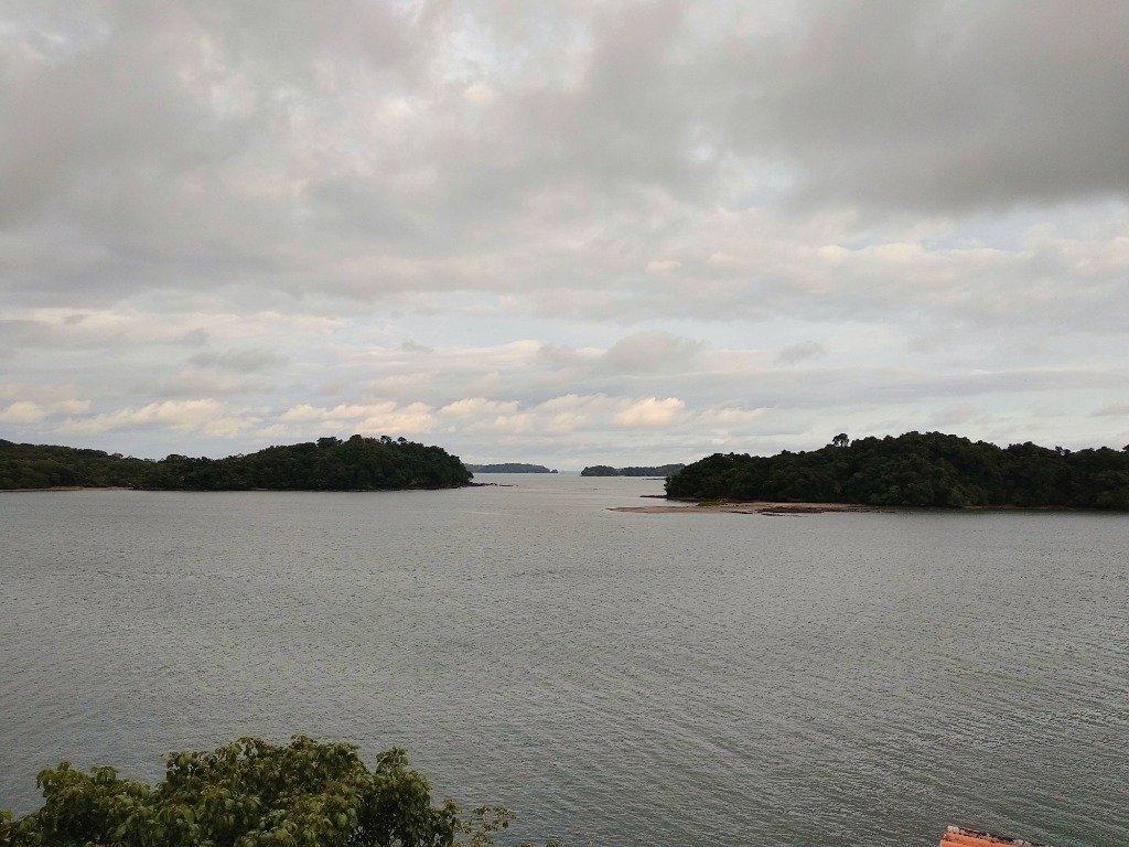 Vista de las islas desde la terraza del Hotel Boca Brava Lodge